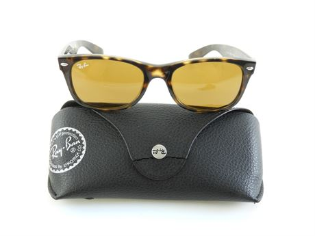 Ray-Ban RB2132 Wayfarer Sunglasses with Case  (233655L)