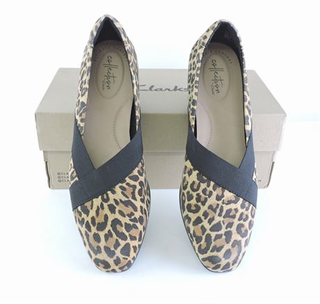 Women's Clarks Juliet Dahlia Leopard Print Flats, Size 8.5W (224321L)